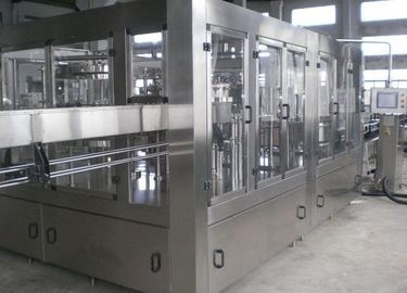 China Compact Beer Filling Machine , Automatic Glass Bottling Equipment factory