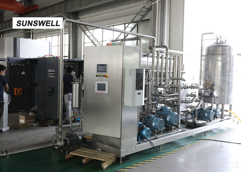 Automatic Carbonated Filling Machine With Automatic Mass Flow Mixer Reducing  Precision Error supplier