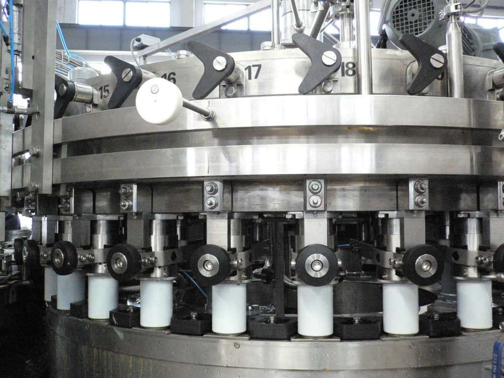 PET Can / Aluminum Can Filling Machine