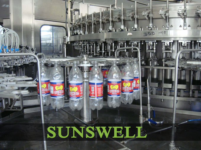 Gas Beverage Automatic Carbonated Filling Machine For PET Bottles